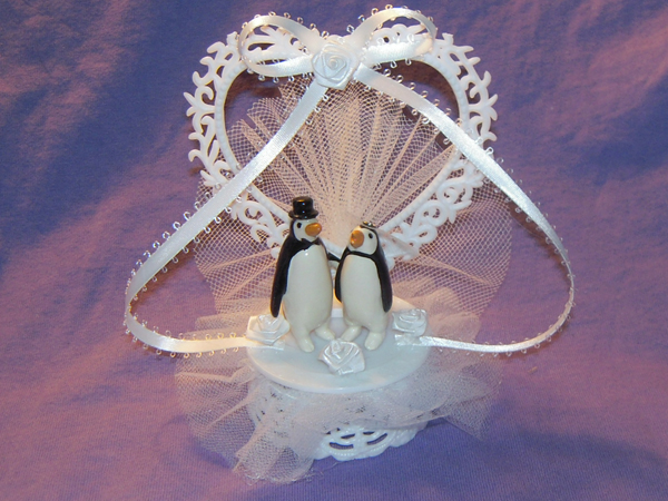 penguin wedding cake topper | Penguin Place Post