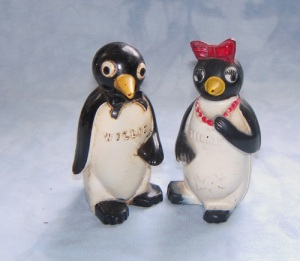 Vintage Millie & Willie salt and pepper shakers